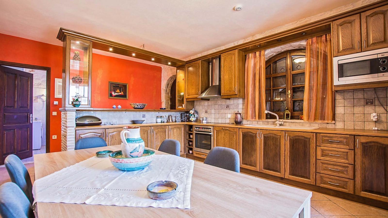 Ιδιωτική Villa Vivian για μεγάλες οικογένειες ή παρέες ...